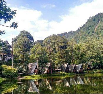 Telaga Warna Resort & Resto