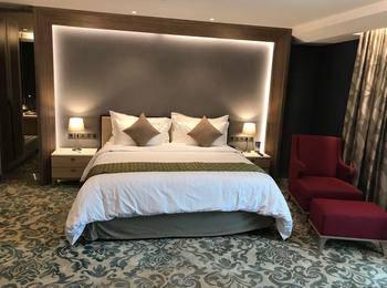 The Excelton Hotel Palembang Palembang - Suite Room Flash Deal