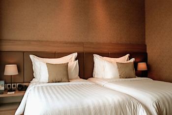The Excelton Hotel Palembang Palembang - Deluxe Twin Room Only Regular Plan