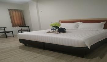 Parkside Sovrano Hotel Batam Batam - Superior Queen Room Only Regular Plan