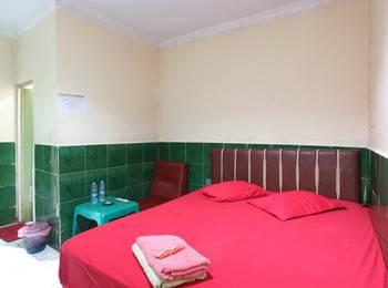 Hotel Ellysta Tangerang - Standard Room Last Minute