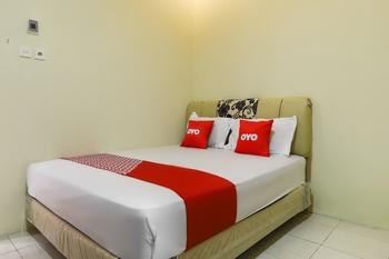 OYO 3802 Wisma Cahaya Abadi Balikpapan - Standard Double Room Great Sale