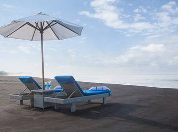 Wyndham Tamansari Jivva Resort Bali - Jacuzzi Suite  Ocean Front LUXURY - Pegipegi Promotion
