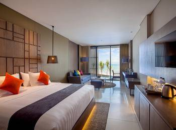 Wyndham Tamansari Jivva Resort Bali - Pool Suite  Ocean Front Regular Plan