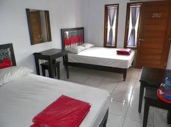 Rose Inn Hotel Pangandaran - Family A Regular Plan