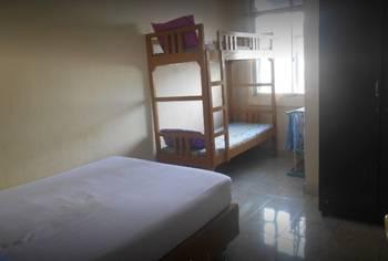 Hotel Prima Padang Syariah Padang - Standard Non AC Regular Plan
