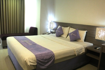 TOP Malioboro Hotel Yogyakarta - Superior Double Room Promo Stay Hepi