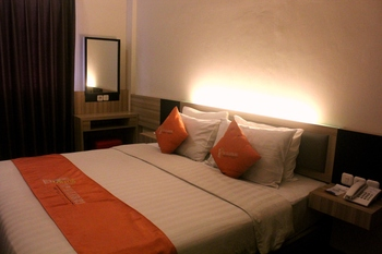 TOP Malioboro Hotel Yogyakarta - Business Double Room With Breakfast Regular Plan
