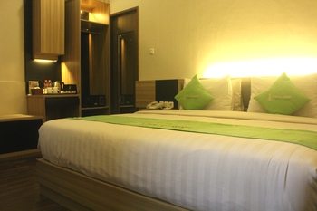 TOP Malioboro Hotel Yogyakarta - Deluxe King Room Regular Plan