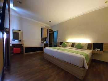 TOP Malioboro Hotel Yogyakarta - Deluxe King Room Only Regular Plan