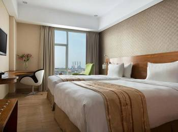 Hariston Hotel & Suites Jakarta - Deluxe Room With Breakfast Regular Plan