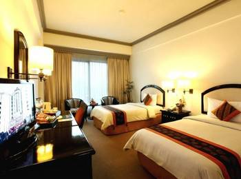 Travellers Hotel Jakarta - Deluxe Room Only Regular Plan