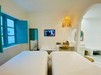 Loccal Collection Hotel Komodo Manggarai Barat - Standard Room Breakfast Regular Plan