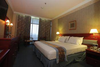 Weta International Hotel Surabaya - Deluxe Double Regular Plan
