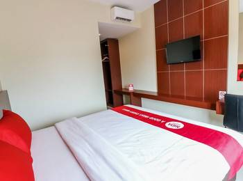 NIDA Rooms Racing Center Makassar - Double Room Single Occupancy Special Promo