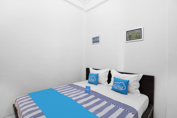 Airy Eco Syariah Gubeng Moestopo Gang Kedung Pengkol Surabaya - Superior Double Room Only Regular Plan