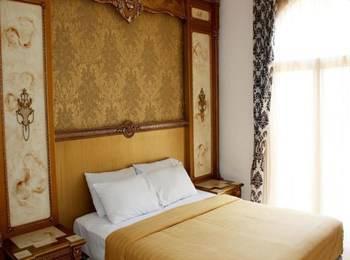 Narapati Syariah Hotel & Convention Bandung - Deluxe Double Regular Plan