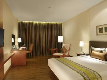 Jambuluwuk Malioboro Hotel Yogyakarta - Deluxe Double Room Only Minimum 2N Stay.