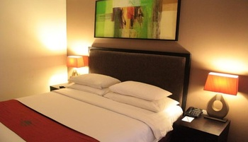 100 Sunset Hotel Bali - Superior Room Only Basic Deal 50%
