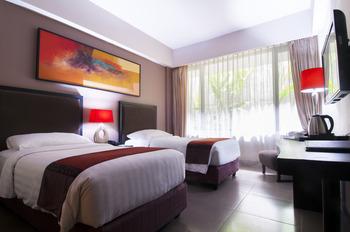 100 Sunset Hotel Bali - Superior Room Only Regular Plan
