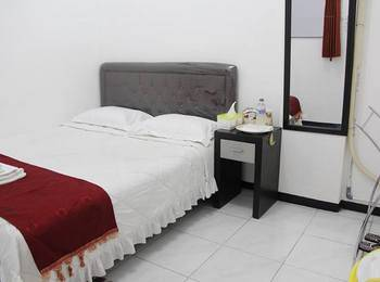 Providence Homestay Surabaya - Bisnis Room ( Shared Bathroom ) Regular plan
