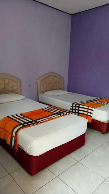 Hotel Cleopatra by MyHome Hospitality Sukabumi - Family Room only Save 10%