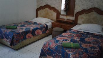 Hotel Cleopatra by MyHome Hospitality Sukabumi - Deluxe 2 Bedroom - Room Only Save 10%