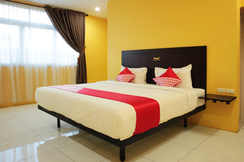 OYO 870 Aero Hotel Deli Serdang - Suite Double Regular Plan