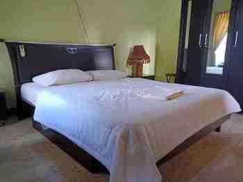 OYO 3302 Amazon Waterpark Syariah Sukabumi - Suite Double Room Regular Plan