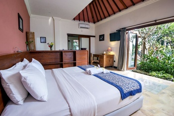 Omah Apik Bali - Deluxe Double Room Regular Plan