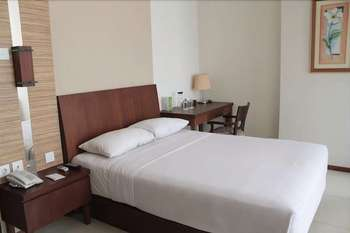 Capital O 1748 Thamrin Condotel Jakarta - Deluxe Double Room Regular Plan
