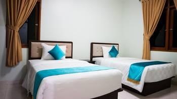 Ole Suites Cottage Bogor - Cluster with 2 Room (1 Double Bed & 1 Twin Bed) Room Only Regular Plan
