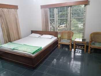 LPP Villa Kaliurang Jogja - Deluxe Room Only Regular Plan