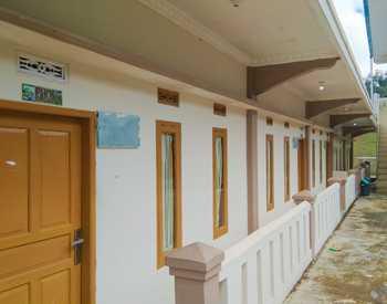 Puncak Darajat Resort Garut - Superior Pakis Regular Plan