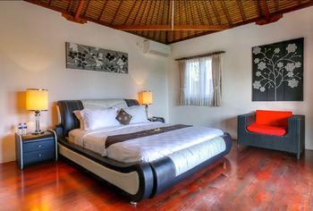 Villa Vie Seminyak Bali - Five Bedroom Villa Regular Plan
