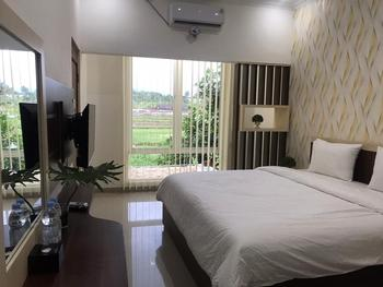 Omah Sawah Syariah Yogyakarta - Superior Room Regular Plan