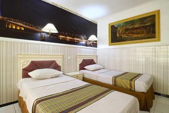 Hotel Tanjung Surabaya - Superior Room Minimum Stay