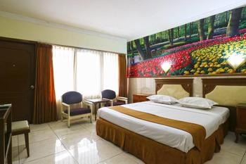 Hotel Tanjung Surabaya - Deluxe Room Minimum Stay
