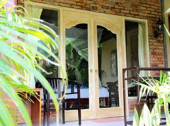 Kubuku Ecolodge and Resto Bali - Kamar Deluxe  Menginap minimum 2 malam
