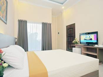 Hotel New Merdeka Pati - Deluxe Single Room  Regular Plan