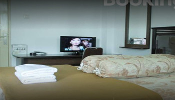 Wisma HM Jhoni Medan - Standard Room Regular Plan