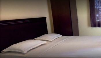 Wisma HM Jhoni Medan - Superior Room Regular Plan