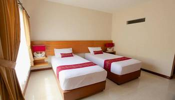 Kuta Suci Beach Hotel Bali - Deluxe Twin Room Only Minimum Stay 3 Night