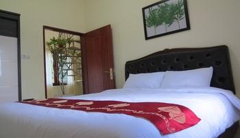 Jeanne's Place Manado - Apartemen Suite Tamu Regular Plan