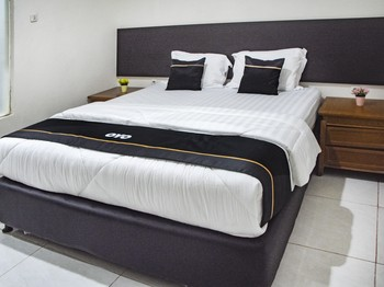Capital O 3327 Grand Tawiri Hotel Ambon - Deluxe Double Room Promotion