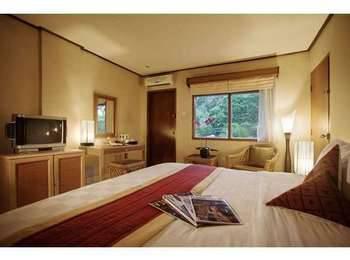 The Jayakarta Yogyakarta Hotel & Spa Yogyakarta - Deluxe  Tanpa Sarapan - Tarif Fleksibel Save 38%