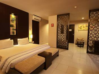 The Pade Hotel Banda Aceh - Suite Mountain View Regular Plan