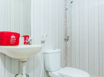 ZenRooms Denpasar Gelogor Carik - Double Room (Room Only) Regular Plan