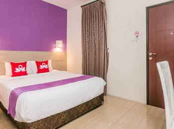 ZenRooms Denpasar Gelogor Carik - Double Room (Room Only) Regular Plan