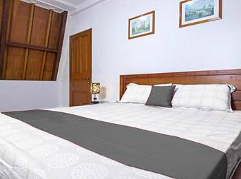 OBC Guest House Bandung - Double Room Regular Plan